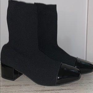 Block heel sock boot
